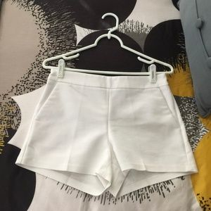 Express White Dress Shorts Size 4
